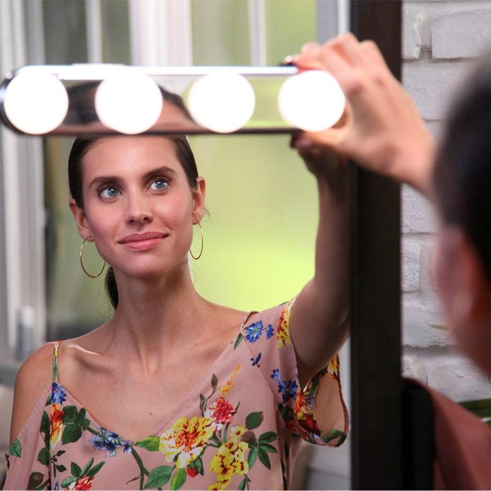 Лампа для макияжа Studio Glow