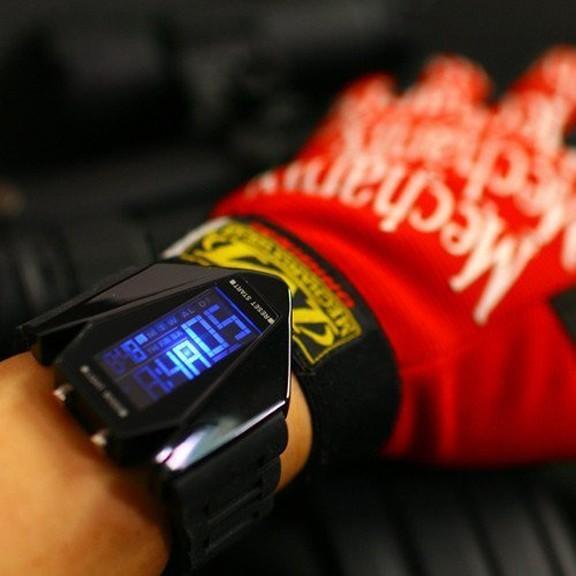 Часы Истребитель Стелс - Stealth LED watch от MELEON