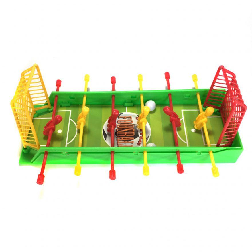 Детский настольный мини футбол FootrayНастольные игры<br>Ваш ребенок готов проводить часы времени в развлекательном центре за настольным футболом? Малыш мечтать стать футболистом? Подарите ребенку любимую игру, с которой он сможет развивать свои навыки и просто веселиться даже в домашних условиях. Это – детский настольный мини футбол Footray!<br>