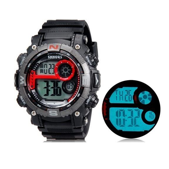Спортивные LED часы SHORS 805Спортивные LED часы<br>Ищете подарок для человека, который выбирает активный и насыщенный образ жизни? Спортивные LED часы SHORS 805 станут любимым аксессуаром как для парня, так и для девушки. Изделие сочетает в себе надежность, оригинальность и доступную цену.<br>