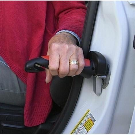 Универсальная автомобильная ручка Car Cane - 3 в 1Остальное<br>Универсальная автомобильная ручка Car Cane - 3 в 1 станет настоящей помощницей для пожилых людей, с травмами или лишним весом, которым сложно выбраться из автомобиля. Изделие обеспечит надежный захват и опору, а также подарит безопасность в машине в экстренных ситуациях!<br>