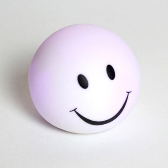 Светодиодный ночник-светильник «Смайлик»Ночники и настольные лампы<br>Идеальный ночник в детскую комнату, гостиную и спальню. Миниатюрный светильник «Улыбочка» переливается 7 цветами и прогоняет самое плохое настроение. Ну как не улыбнуться в ответ этой милой мордашке? :)<br>
