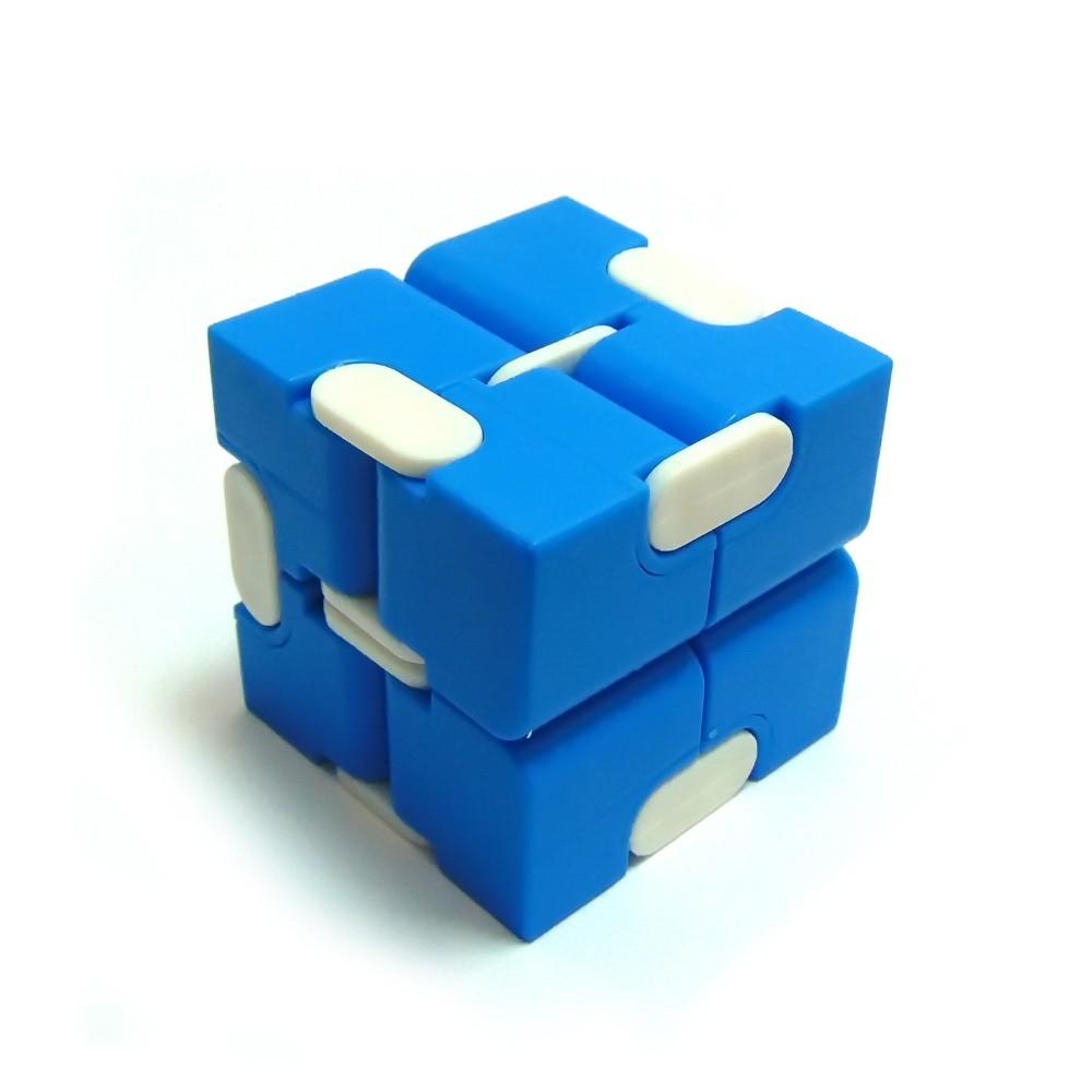 Кубик-антистресс Infinity Cube (цвет в ассортименте)Остальные игрушки<br>Нужно срочно привести нервы в порядок? Ищете оригинальную и полезную игрушку для непоседливого чада? Увлекаетесь нестандартными аксессуарами? Спешите купить революционное изделие, кубик-антистресс Infinity Cube (цвет в ассортименте), по суперцене в интернет магазине Мелеон!<br>