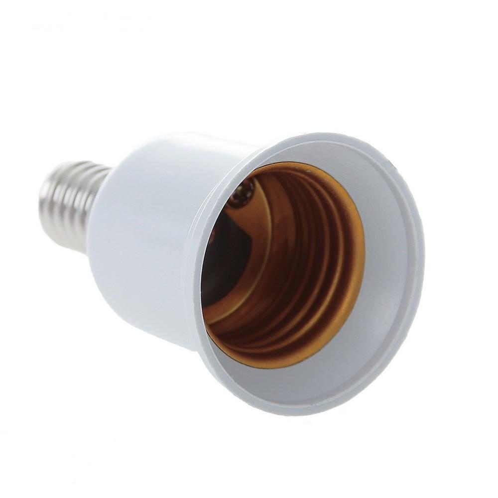 Переходник с цоколя E14 на E27, белыйПереходники для ламп и розеток<br>Что делать, если в люстру или настольную лампу вы купили лампочки, но они не подходят? Столкнулись с проблемами распределения света дома или в офисе? Это – не повод снова тратить деньги или выдумывать сложные конструкции. Проблему с легкостью решит переходник Ecola с цоколя Е14 на Е27!<br>