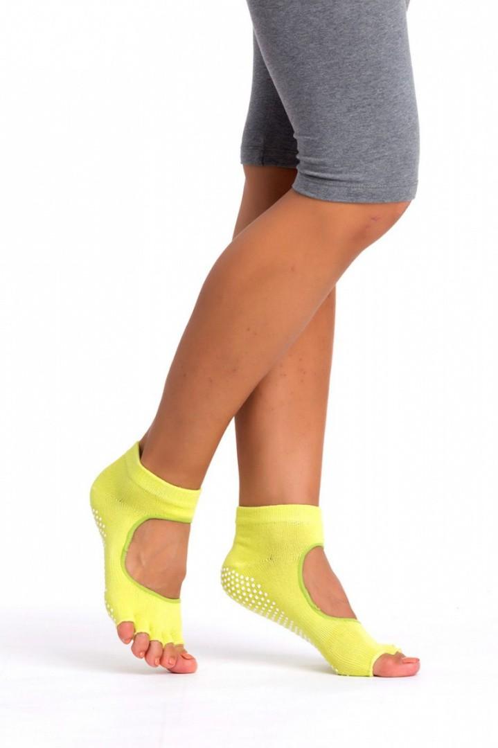 Носки противоскользящие для занятий йогой с открытыми пальцами и подъемом
