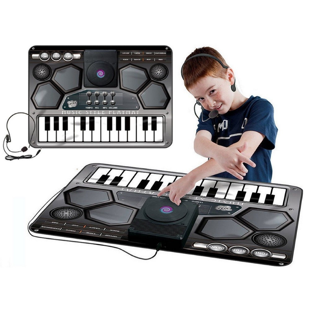 Коврик музыкальный - Real DJОстальные игрушки<br>Если ваше чадо увлекается музыкой и не раз пыталось играть на подручных инструментах (кастрюлях или ведрах), то вы просто обязаны порадовать ребенка музыкальным ковриком Real DJ. Благодаря плоскому изделию, можно побывать в роли барабанщика, солиста и клавишника. А главное – это удивительное изобретение способно даже проигрывать MP3/CD.<br>