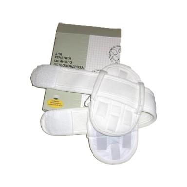 Воротник лечебный магнитофорный АМШ-02Аппликаторы для суставов<br>Если вам близко знакомо хотя бы одно из таких заболеваний, как шейный остеохондроз, ишемия и дистония головного мозга, атеросклероз сосудов головного мозга, невралгия, частая боль в области затылка или вы слишком перегружаете шею и позвоночник во время работы, то просто обязаны купить воротник лечебный магнитофорный АМШ-02. Цена на изделие в интернет магазине Мелеон является самой доступной!<br>