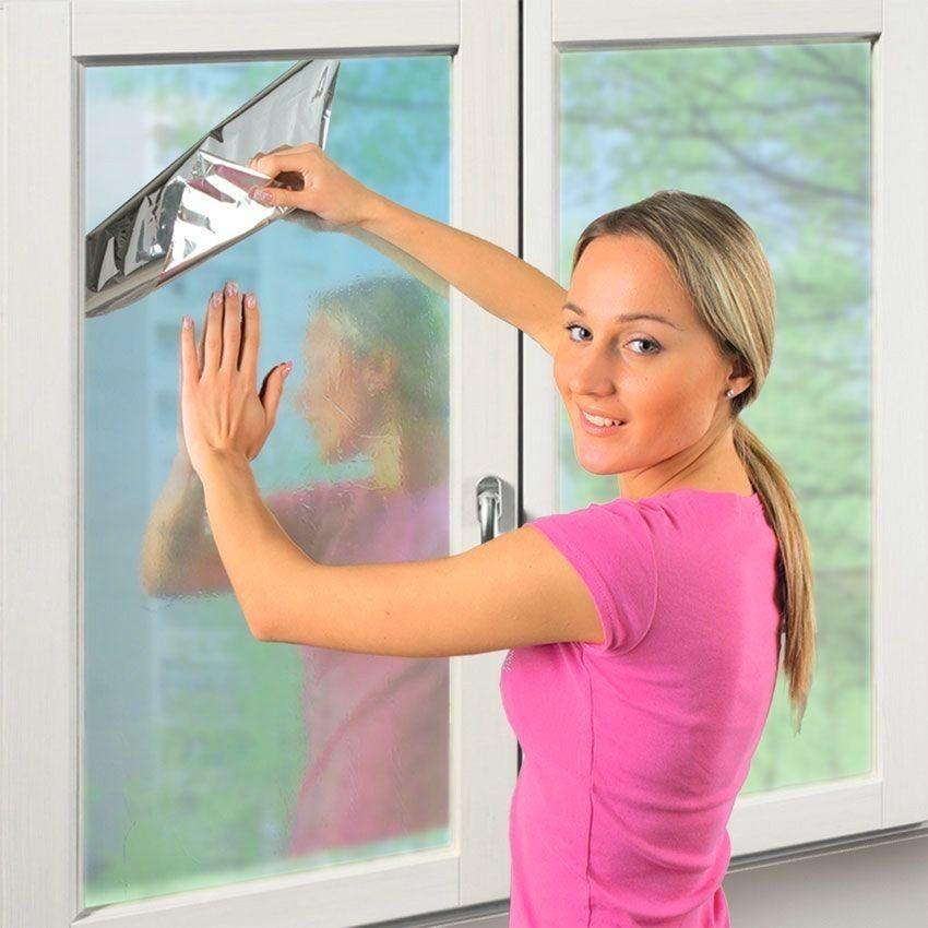 Пленка солнцезащитная зеркальная для окон - 80 x 300 смОстальное<br>Жара не дает вам возможности спокойно работать в офисе или наслаждаться отдыхом дома? Это – вовсе не повод тратить огромную сумму денег на кондиционер. Вам поможет пленка солнцезащитная зеркальная для окон, эффективность которой подтверждена сотнями положительных отзывов во всемирной паутине!<br>