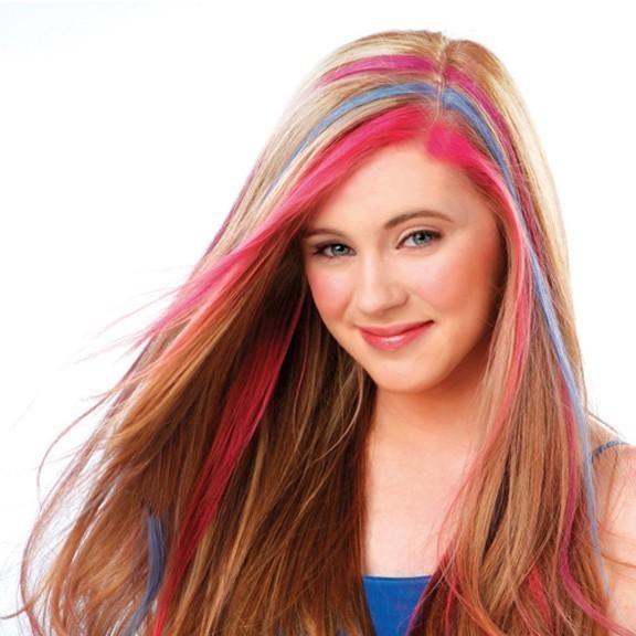 Цветные мелки для волос Hot HuezЗаколки и резинки<br>Какая девушка иногда не хочет преобразиться и стать невероятно яркой? Если именно такое настроение преследует вас в последнее время, то не нужно выдумывать вычурный макияж или палить волосы в салоне красоты яркой кислотной краской. Цветные мелки для волос Hot Huez – это революционная разработка для смелых девушек, которые никогда не забывают о безопасности и бережном уходе за собой!<br>