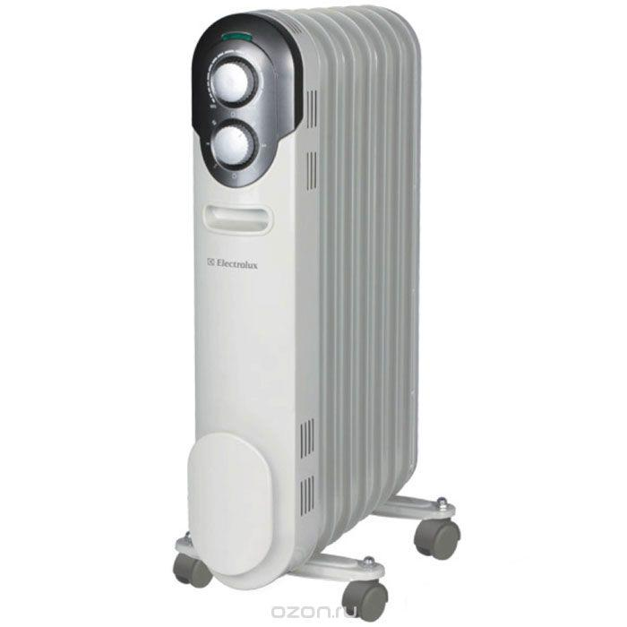 Радиатор Vitek VT-2120(GY)Радиаторы и обогреватели<br>Масляный радиатор Vitek VT-2120(GY) имеет классический тип секций и элегантный дизайн. Колесики предназначены для удобного перемещения обогревателя.<br>