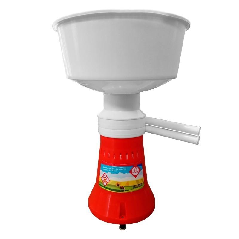 Сепаратор молока Мастерица ES-0301,объем приемника молока 5.5 л, частота вращения барабана 12000 об/мин, производительность 60 л/ч