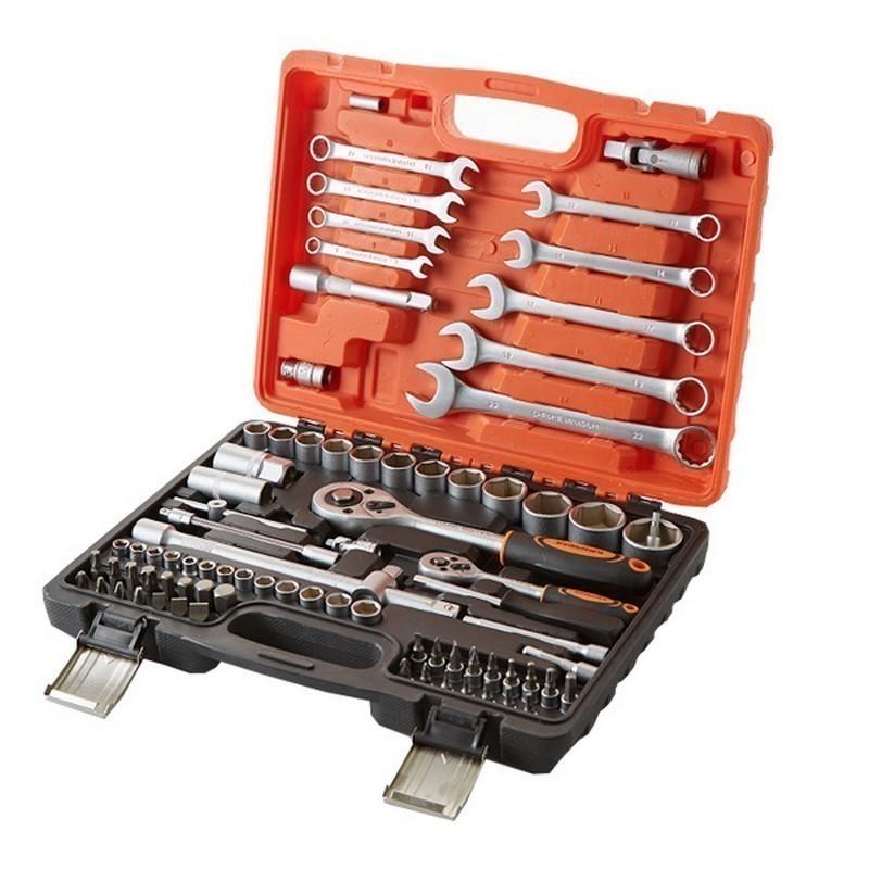 Набор ручного инструмента Кузьмич, 82 предметов, пластиковый кейс фото