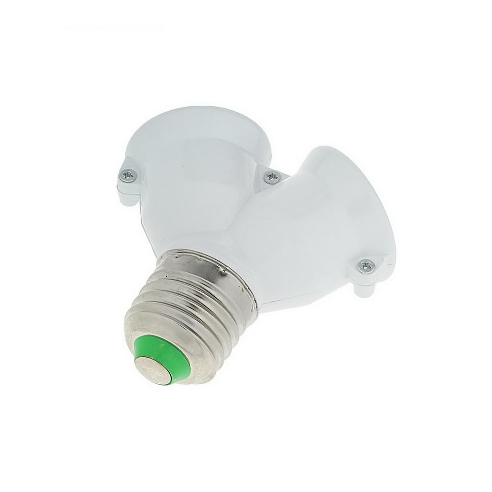 Переходник с цоколя E27 на 2хE27, белыйПереходники для ламп и розеток<br>Переходник с цоколя E27 на 2хE27 поможет улучшить качество освещения путем добавления еще одной лампочки без установки дополнительных осветительных приборов.<br>
