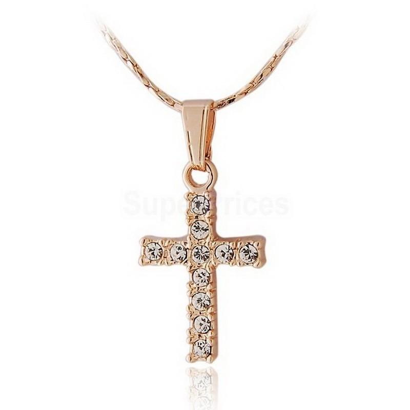 Кулон в виде крестика с кристаллами на цепочке фото