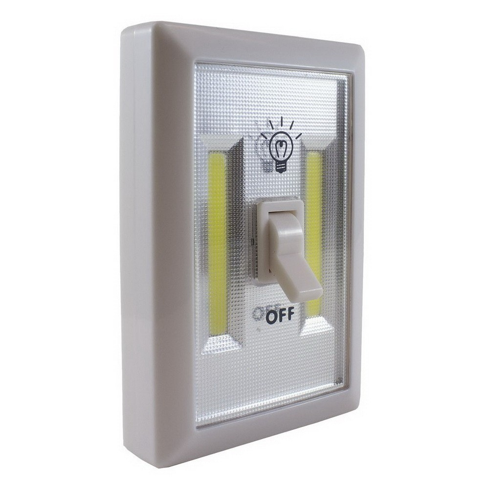 LED-cветильник - выключатель Handy Light SwitchНочники и настольные лампы<br>Ищете ночник для детской, который малыш не сможет перевернуть и поранить самого себя? Мечтаете о мягком освещении в беседке на даче, где нет электричества? Все гораздо проще, чем вам кажется! LED-cветильник - выключатель Handy Light Switch обеспечит освещение в любых условиях!<br>