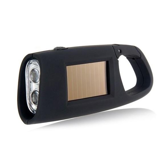 Яркий фонарик с солнечной батареей с карабиномФонари<br>Как осветить дорогу в ночное время суток, если не хочется носить с собой огромные устройства? Вам поможет яркий фонарик с солнечной батареей с карабином, который не разрядится в самый неподходящий момент.<br>