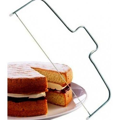 Струна для резки коржей - ТорторезкаОстальные гаджеты<br>Как получить идеальные слои для бисквита для многоярусного торта? Выпекать каждый по отдельности? А вот и нет! Просто воспользуйтесь струной для резки коржей с регулировкой высоты и разделяйте один большой бисквитный корж на три-четыре и больше тонких листов!<br>