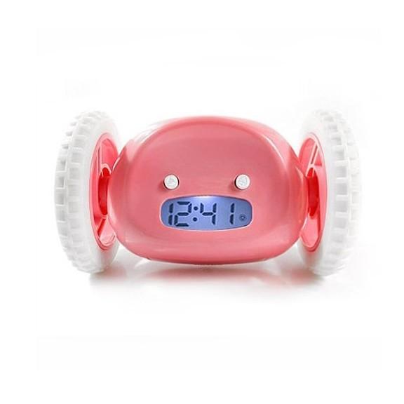 Убегающий будильник Alarm Clocky Run - розовыйРадиочасы и будильники<br>Убегающий будильник Alarm Clocky Run поможет Вам перестать поддаваться слабостям  и переносить пробуждение. Традиционные будильники не имеют в свое распоряжение средств к защите от Вашего доступа для перестановки времени.<br>