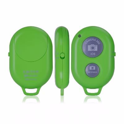 Кнопка-Bluetooth для селфи (Ios, Android) салатоваяВсе для селфи<br>Любите делать фото самых разных моментов своей жизни? Скорее знакомьтесь с революционной кнопкой-Bluetooth для селфи (Ios, Android). Этот аксессуар умеет делать качественные снимки с большого расстояния, а не с вытянутой руки, как раньше!<br>