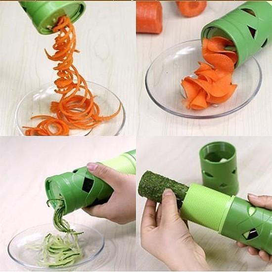 Нож для фигурной нарезки овощей и фруктов Veggie TwisterОвощерезки и измельчители<br>Хотите удивить своих гостей не только оригинальными вкусами за праздничным столом, но и нестандартным внешним видом блюд? Нет ничего проще! Нож для фигурной нарезки овощей и фруктов Veggie Twister всего за несколько секунд украсит привычную еду яркими и неожиданно нарезанными ингредиентами. От вас не требуются навыки или куча свободного времени!<br>