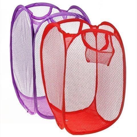 Складная корзина для белья - 30х30х52 см, цвет миксВсё для сушки<br>Корзина для грязного белья превращается из 20-сантиметрового шарика в большой вместительный куб 52 см. Удобное приспособление для сбора вещей в стирку. А также для складывания сухого белья после стирки.<br>