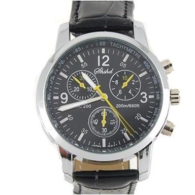 Модные кварцевые часы - черныеМеханические часы<br>Если вы цените сочетание долговечности и изысканного стиля, то скорее покупайте коричневые кварцевые часы. Это изделие выгодно подчеркнет ваш статус и будет всегда показывать четкое время!<br>