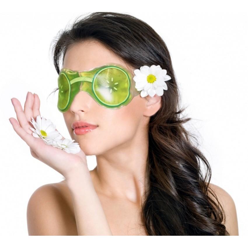 Маска гелевая для глаз - ОгурчикиМаски для лица<br>Современный ритм жизни порой не дает женщинам времени насладиться приятными, полезными и натуральными косметическими процедурами. Специально для таких женщин и создана гелевая маска для глаз «Огурчики». Изделие снимет стрессы и оперативно устраняет недостатки вокруг глаз.<br>
