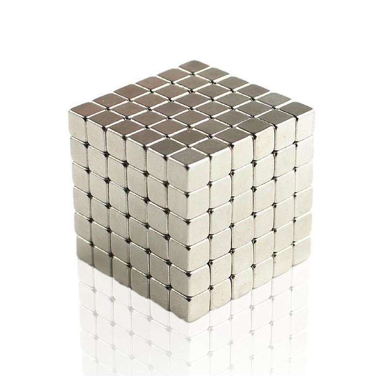 Головоломка Магнитные кубики - грань 4 ммНеокуб<br>Как воплотить все свои творческие идеи в жизнь или немного расслабиться в разгаре рабочего дня? Ответ на этот вопрос знает головоломка «магнитные кубики» с гранью 4 мм. Вы сможете забыть на время о любых проблемах, создавая новые и новые фигуры!<br>