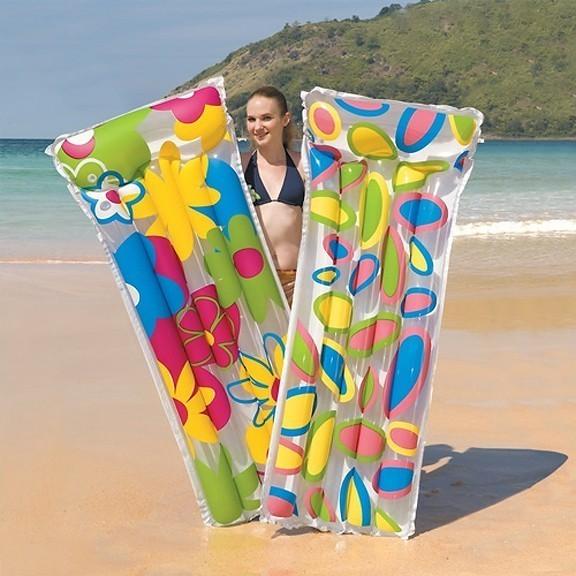 Матрас для плавания Цветы, 183 х 76 смДля отдыха на воде<br>У каждого человека есть любимые занятие, увлечения или хобби. У многих они связаны со спортом и туризмом, кто-то любит проводить время более умиротворенно, например, за настольными играми. Матрас для плавания  может стать отличным подарком для друзей и близких, который вы можете купить у нас по выгодной цене.<br>