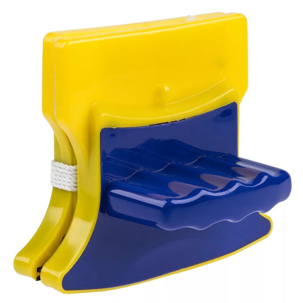 Магнитная щетка для мытья окон с двух сторонОстальное для уборки<br>Панически боитесь высоты, потому в вашем доме так редко моются окна? Интернет магазин MELEON знает, как обеспечить идеальную чистоту, а также обеспечить вам простоту и безопасность в столь нелегком деле. Магнитная щетка для мытья окон с двух сторон станет для вас настоящей палочкой-выручалочкой!<br>