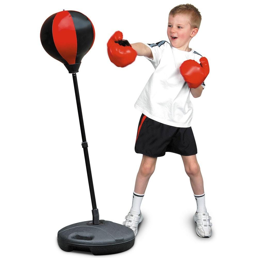 Боксерская груша Punching Ball SetПодвижные игры<br>В вашем доме растет маленький непоседа? Позвольте ребенку направить всю свою энергию в нужное русло, благодаря боксерской груше Punching Ball Set. Изделие способствует развитию сноровки, ловкости и координации движений. А так как малыш почувствует себя намного сильнее, появится и уверенность в себе!<br>