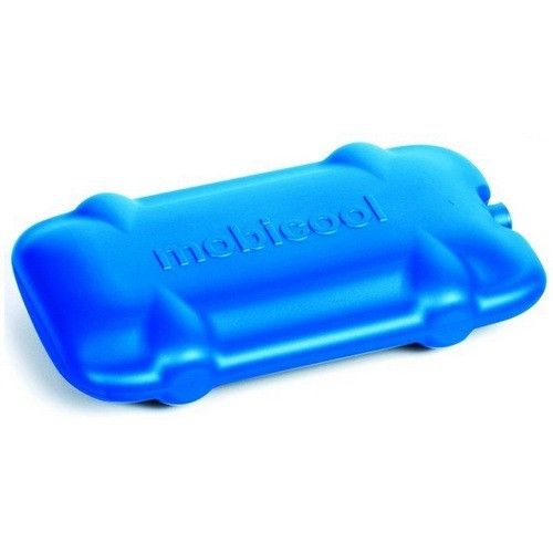 Аккумулятор холода Mobicool, 2 штуки в комплекте 9103500490Авто - Холодильники<br>Аккумулятор холода имеет удобную форму - его с лёгкостью можно расположить в сумке-холодильнике или изотермическом контейнере и он будет занимать мало места. Удобства добавляет ручка для переноски аккумулятора.<br>