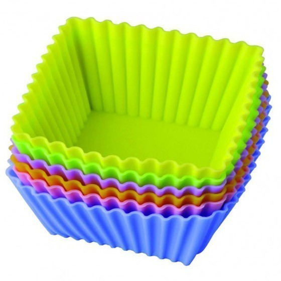 Набор силиконовых форм для выпечки Regent Inox «Тарталетки квадратные»