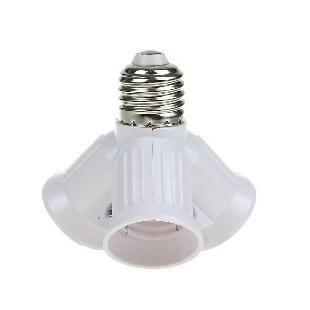 Переходник Ecolа с цоколя E27 на 3хE27, белыйПереходники для ламп и розеток<br>Если вам постоянно не хватает освещения, то поможет переходник Ecolа с цоколя E27 на 3хE27. Теперь вместо одной лампочки комнату будет освещать целых три!<br>