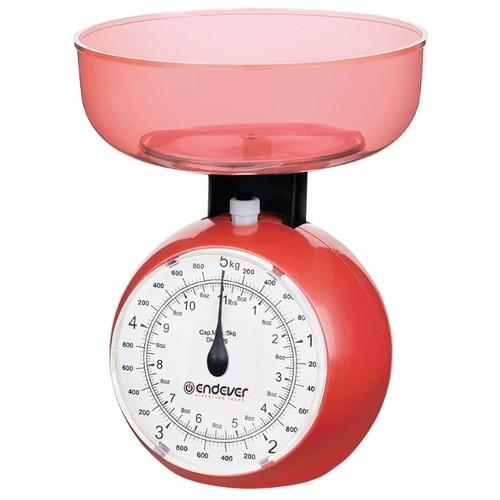 Кухонные механические весы Endever. Максимальный вес 5 кг, цена деления 40 г, красные