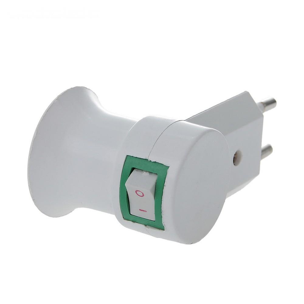 Переходник вилка-патрон E27 удлиненный, с выключателем, белыйПереходники для ламп и розеток<br>Что делать, если в люстру или настольную лампу вы купили лампочки, но они не подходят? Это – не повод снова тратить деньги или выдумывать сложные конструкции. Проблему с легкостью решит переходник вилка-патрон Ecola с цоколя Е27, удлиненный с выключателем!<br>