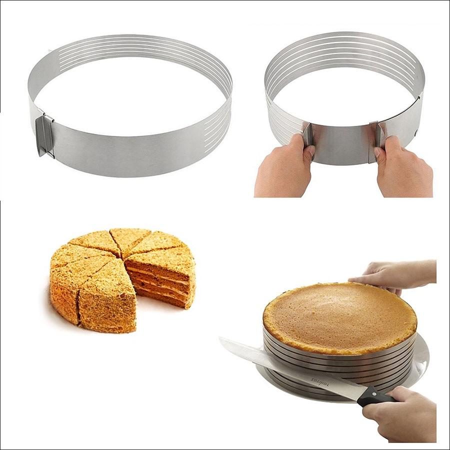 Регулируемая форма круглая с нарезкой 24-30 см, высота 8,5 смФормы для тортов и кексов<br>Идеальная круглая форма для нарезки коржей из готового бисквита. Форма раздвижная – до 30 см в диаметре. Из нержавеющей стали. Тесто не прилипает к бортикам, форма легко скользит по готовому пирогу, благодаря чему нарезка на слои невероятно легкая.<br>