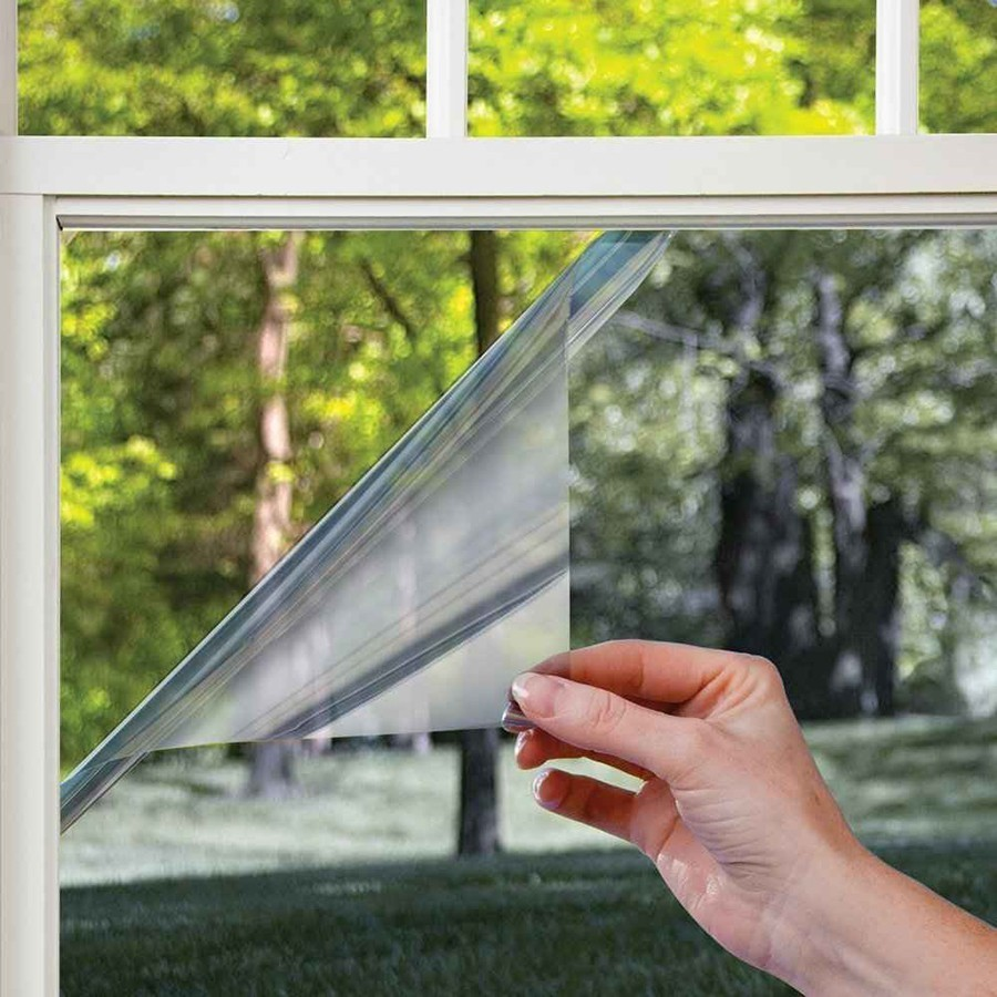 Пленка солнцезащитная зеркальная для окон - 60x300 смОстальное<br>Жара не дает вам возможности спокойно работать в офисе или наслаждаться отдыхом дома? Это – вовсе не повод тратить огромную сумму денег на кондиционер. Вам поможет пленка солнцезащитная зеркальная для окон, эффективность которой подтверждена сотнями положительных отзывов во всемирной паутине!<br>