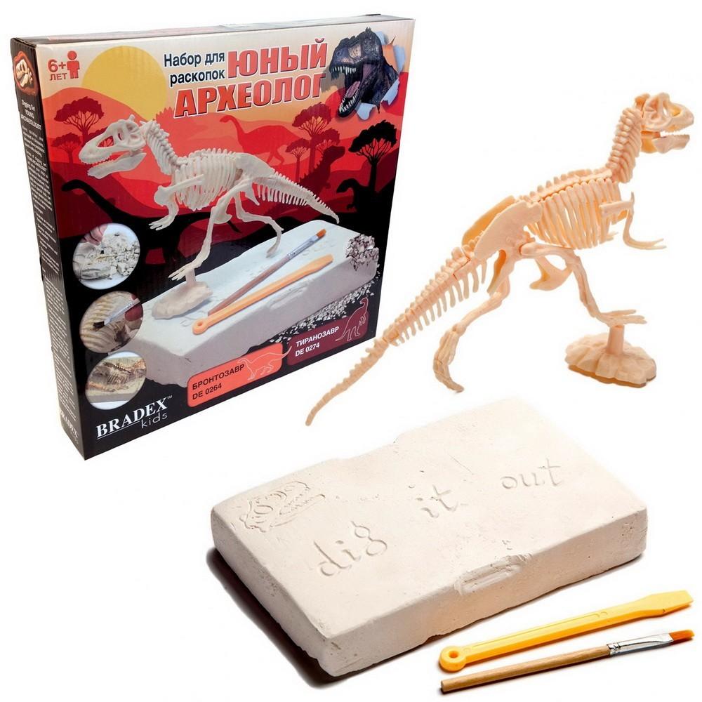 Набор для раскопок Динозавры - ТиранозаврОстальные игрушки<br>Кто не мечтал в детстве хотя бы раз отправиться на край света, очутиться в опасном и полном приключений мире Юрского периода и перевоплотиться в настоящего археолога? Если вашу мечту исполнить так и не удалось, то Предлагаем такое чудо вашему ребенку. Посмотрите по суперцене набор для раскопок «Динозавры», который увлечет как девочку, так и мальчика. А главное – финал приключений будет 100% положительным!<br>