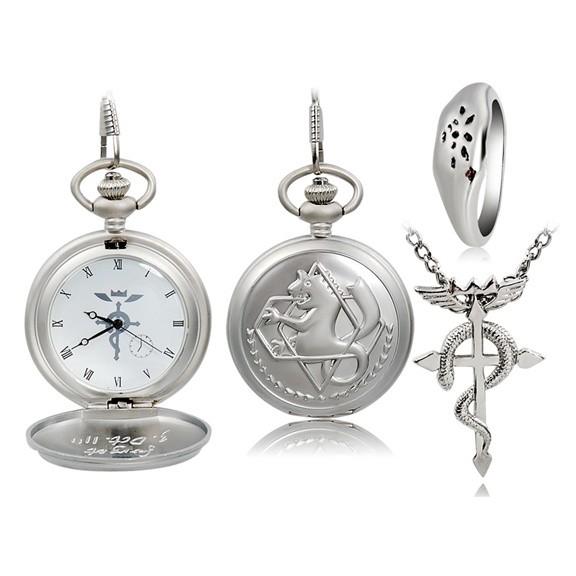 Fullmetal Alchemist - карманные часы, кольцо и подвескаКарманные часы<br>Для ценителей аниме, поклонников «Стального алхимика» и любителей необычных аксессуаров представляем набор 3 в 1 Fullmetal Alchemist – карманные часы, кольцо и подвеска. Сделаны из чистой стали.<br>