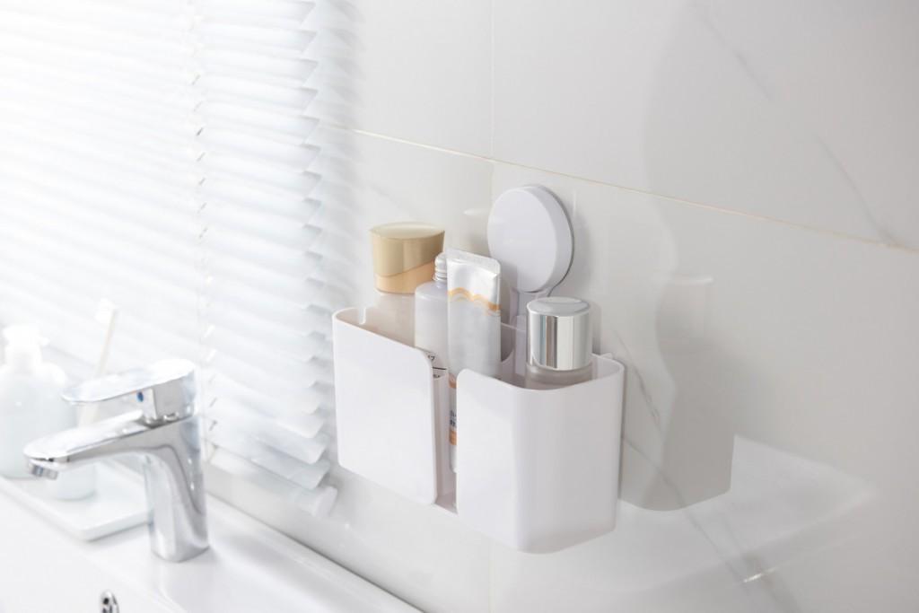 Полка-держатель в ванную комнату на липучке фото