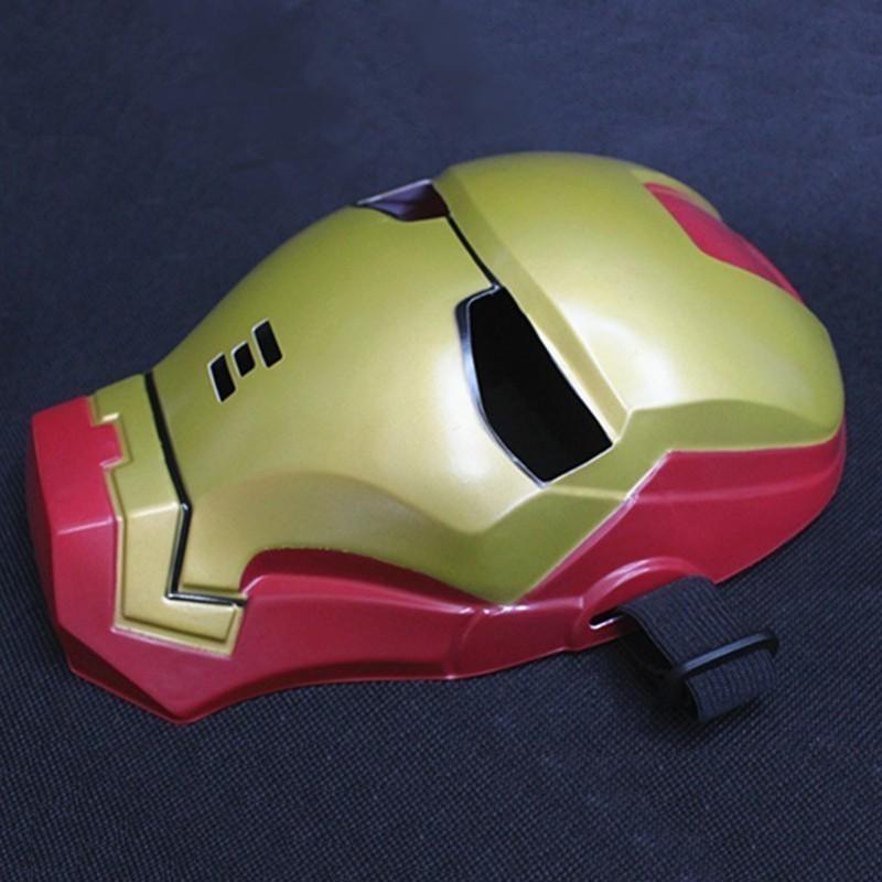 Маска Железного ЧеловекаМаски<br>Iron Man на маскараде! Правдоподобная маска железного человека для костюмированных вечеринок. Прочный пластик и универсальный размер!<br>