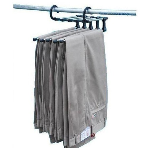 Вешалка в шкаф для брюк и другой одежды - 5 в 1Вешалки и органайзеры<br>Сэкономить место в шкафу? Проще простого! Теперь вам не придется раскладывать сезонную одежду и прятать ее в кладовку, а затем - раскрывать все пакеты, чтобы найти необходимое изделие. Вешалка в шкаф для брюк и другой одежды - 5 в 1 создана специально для минимизации пространства в шкафу! А в интернет магазине Мелеон вы можете купить этого грамотного помощника по супер цене!<br>