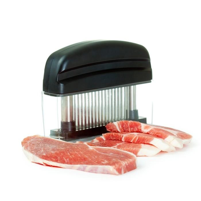 Приспособление для отбивания мяса Meat TenderizerРазмягчители мяса<br>Ваша семья просто обожает мясо? Интернет магазин Мелеон научит вас готовить сочные и мягкие стейки, для получения которых не нужно стучать молотком по продукту на весь дом!<br>
