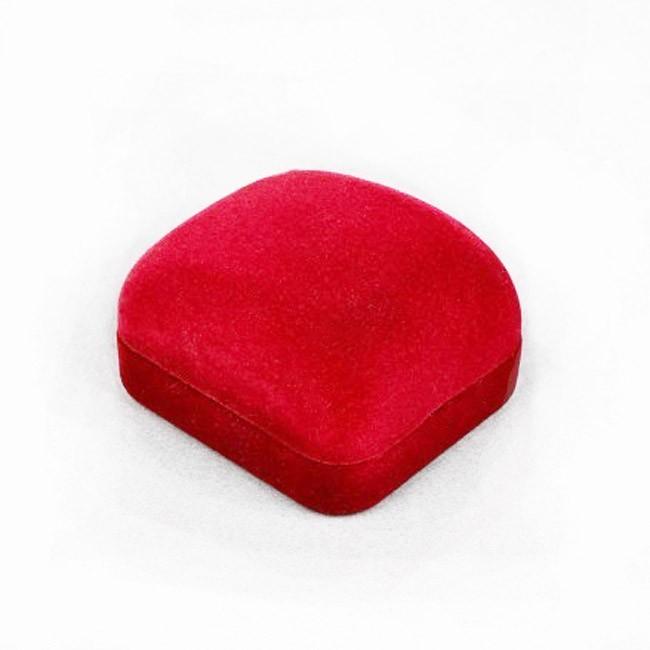 Подарочный футляр под серьгиМиниатюрная коробочка, отделанная под бархат, подчеркнет изысканность и подарит массу удовольствия Вам и вашим близким.<br>